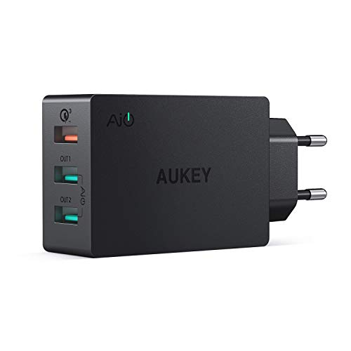 AUKEY Quick Charge...